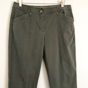 Chico's olive green khaki ankle straight leg pants